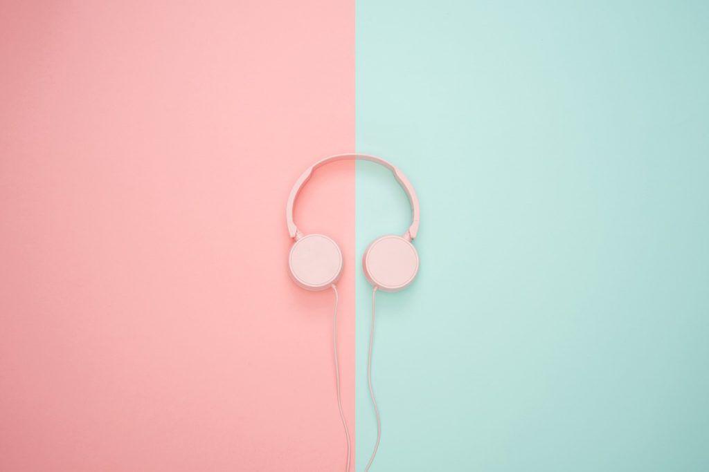 Auriculares Música 8D o no